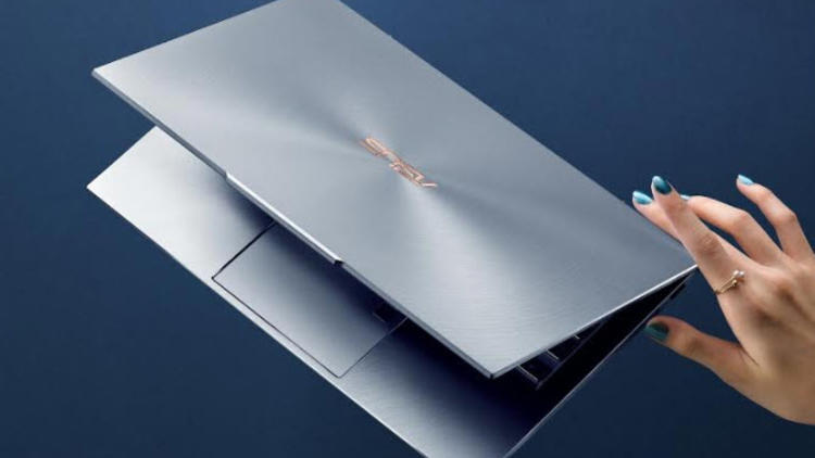 ASUS thinnest notebook appeared in CES 2019