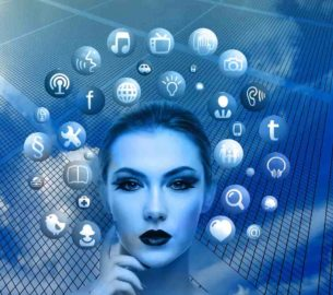 Intelligent Apps With Key Features