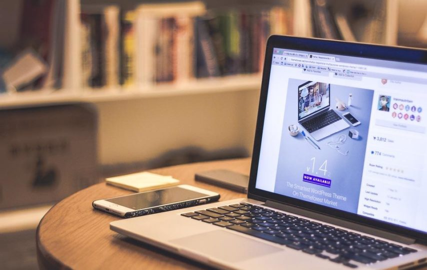 Features To Consider Building An Online Business