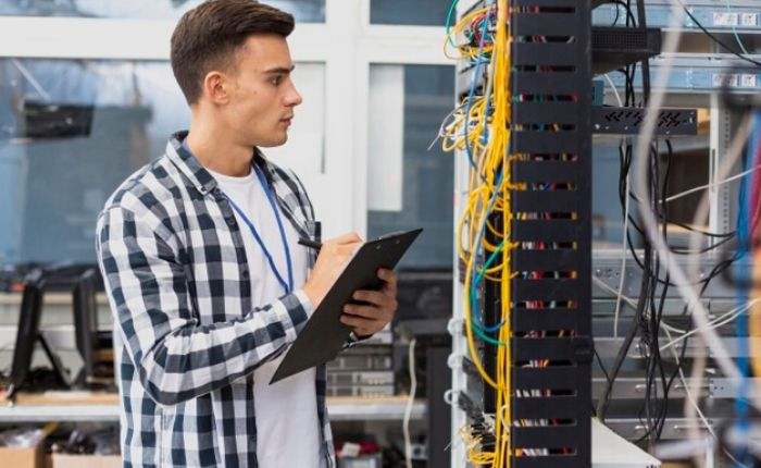 What does a Network Administrator Do